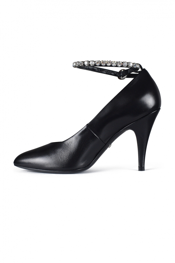 Black pumps - Black Gucci pumps in smooth leather with crystals