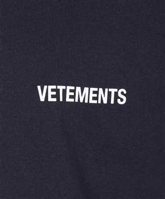 oversized logo-print t-shirt