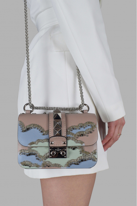 Luxury shoulder bag - Valentino Garavani Rockstud Lock bag in pink leather