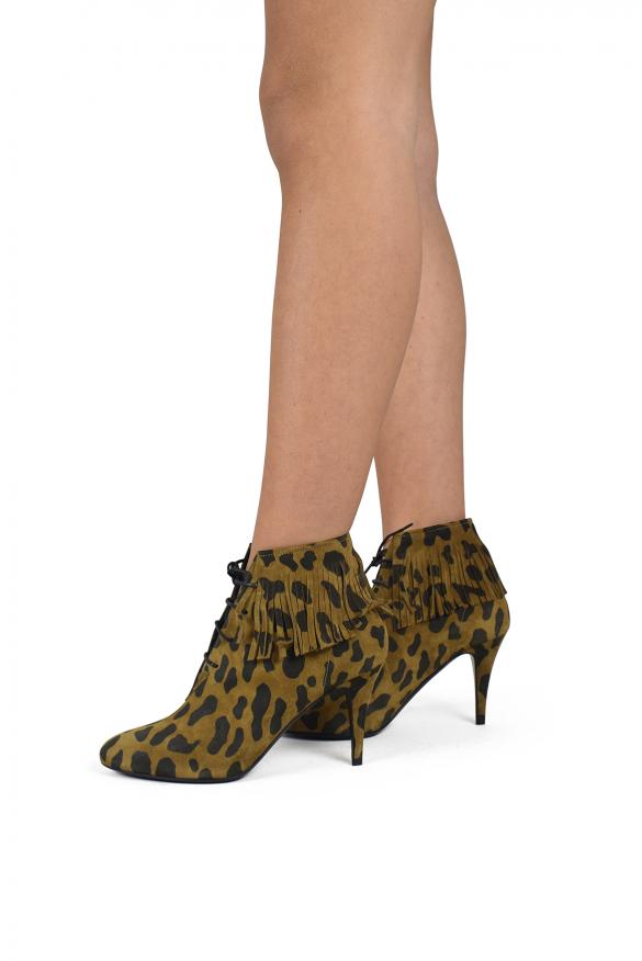 Luxury shoes for women - Saint Laurent Kiki boots in leopard suede