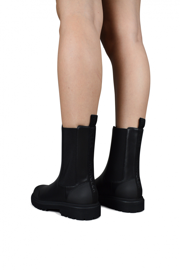 Luxury Boots Women - Patty Chelsea Black Leather Boots