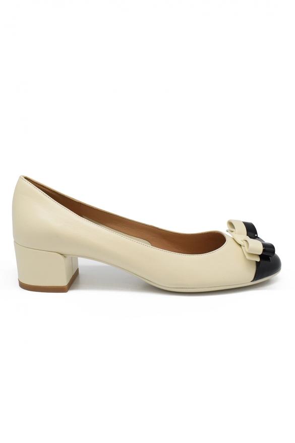 Luxury shoes for women - Salvatore Ferragamo beige and black leather pumps