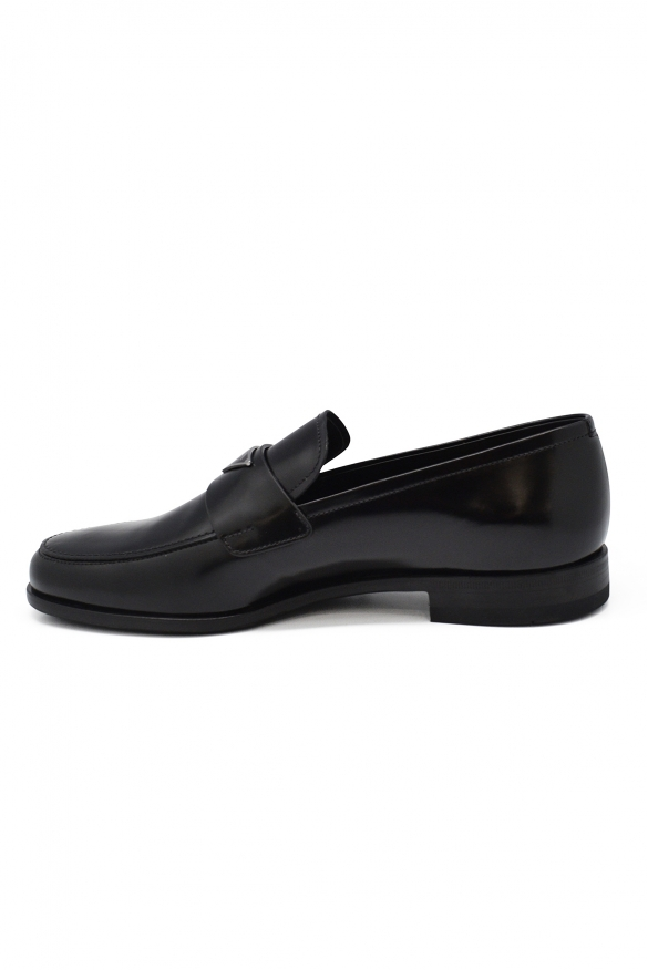 Luxury shoes for men - Black leather Prada mocassins with logo