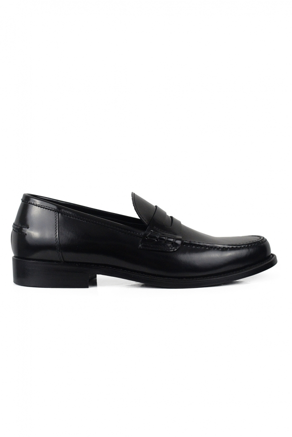 Luxury shoes for men - Black shiny leather moccasins