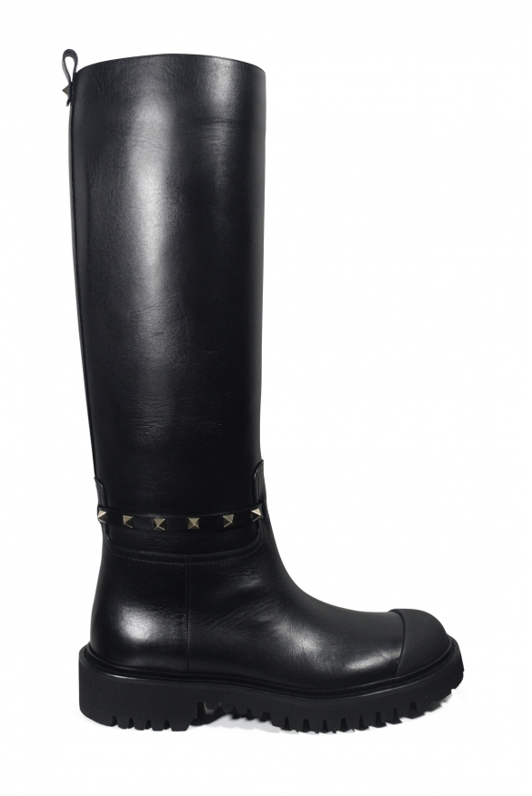 Luxury shoes for women - Valentino Rockstud black boots