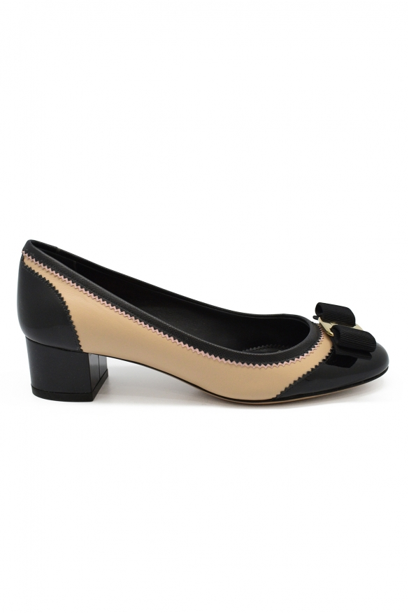 Luxury shoes for women - Salvatore Ferragamo beige leather pumps with black details