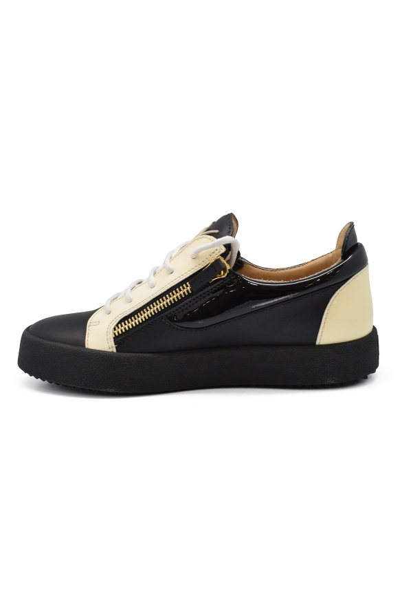 Luxury sneakers for men - Giuseppe Zanotti Frankie off-white and black sneakers