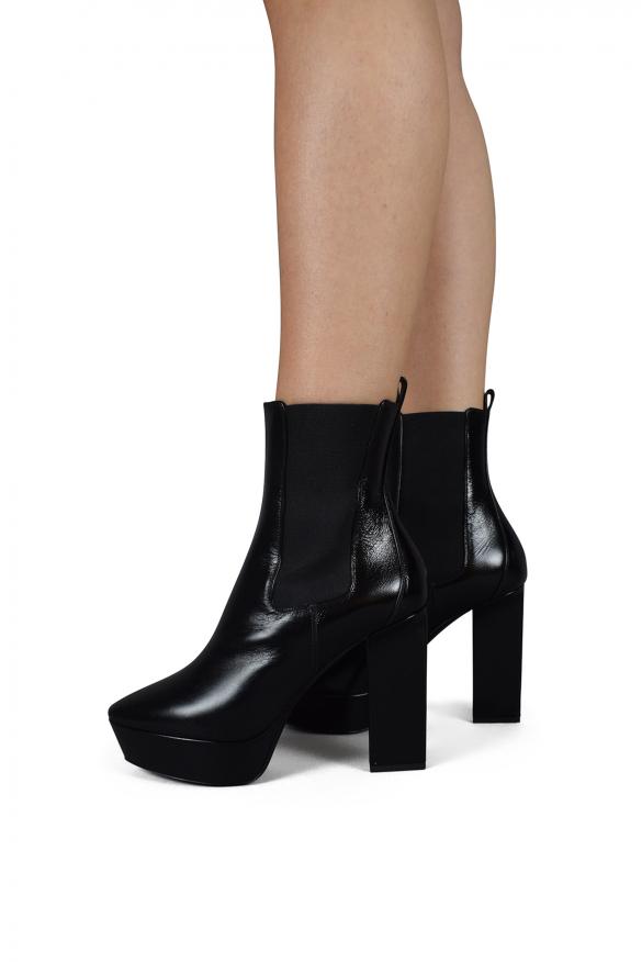 Luxury shoes for women - Saint Laurent Vika 95 Chelsea boots in black leather