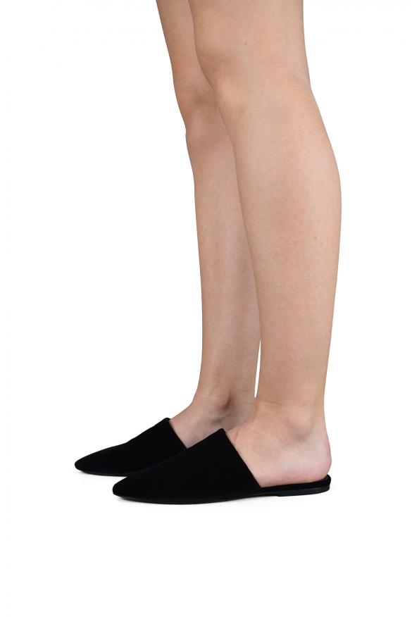 Luxury shoes for women - Saint Laurent mules in black velvet
