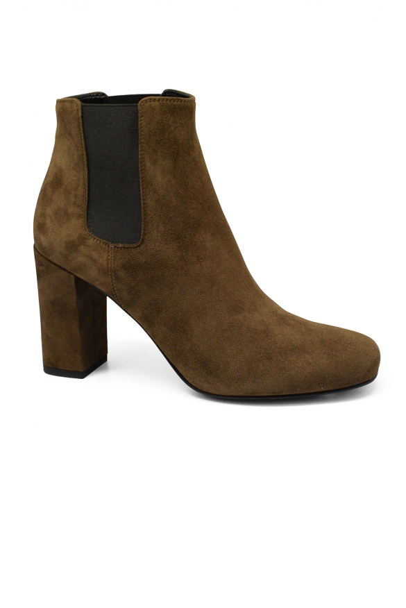 Women luxury shoes - Saint Laurent Chelsea Babies 90 brown suede boots