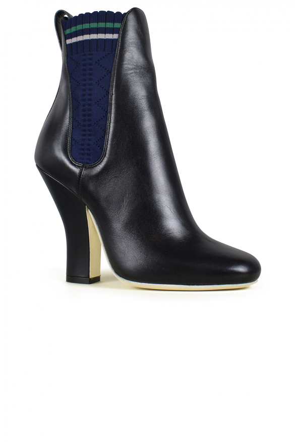 Luxury shoes for women - Fendi black leather ankle boots with elastics